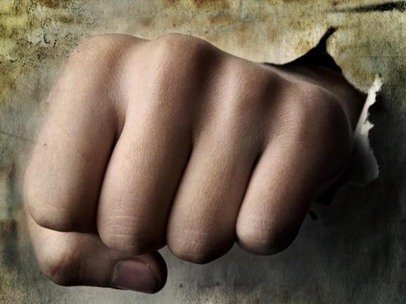 Gewonde bij mishandeling in Giethoorn, één persoon aangehouden