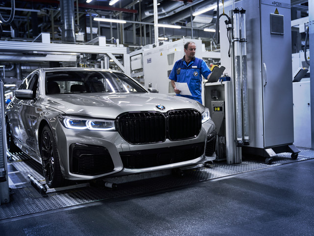 BMW 7 Series LCI starts production in Dingolfing