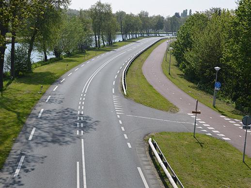 Provincies moeten wegen veiliger maken