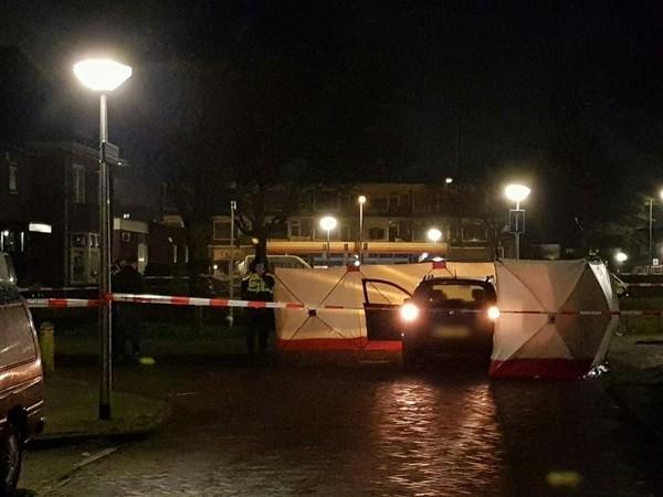 Vrouw uit Enschede aangehouden na vondst dode man in auto