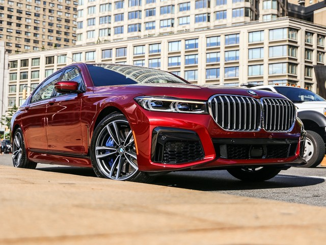 VIDEO: Carbuyer tests the BMW 7 Series LCI Facelift