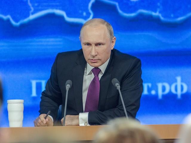 Poetin ook naar conferentie over conflicten in Libië