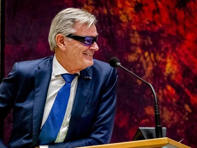 50PLUS praat 4,5 uur lang, PVV na 2 uur afgekapt bij nachtelijk marathondebat