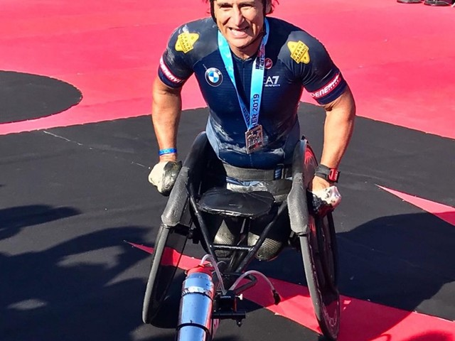 Alex Zanardi Sets World Record in endurance triathlon