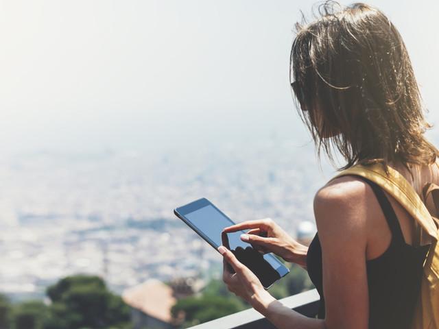 Polscy turyści w sieci. Internetowe planowanie podróży zdominowały panie