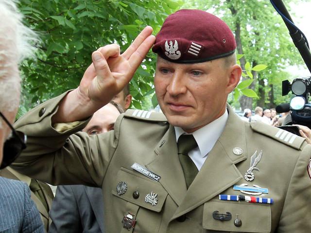 Co robi ten weteran Iraku i Afganistanu? Przeprowadzki i fuchy za 20 zł