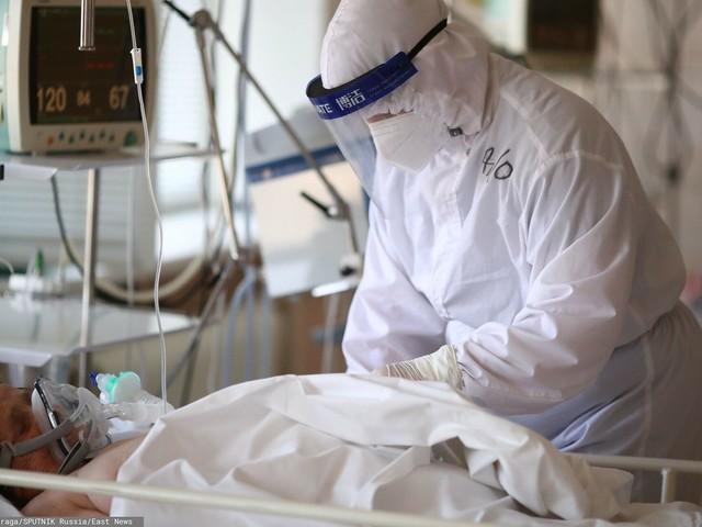 Na OIOM-ach przybywa zaszczepionych pacjentów. Niemieckie media alarmują