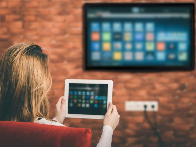 Jak podłączyć komputer do telewizora - sposoby