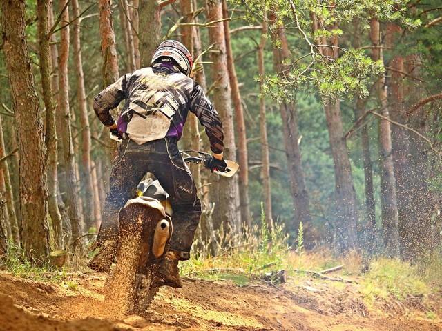 Bielsko-Biała. Uciekał policji motocyklem crossowym. Nie docenił determinacji mundurowych
