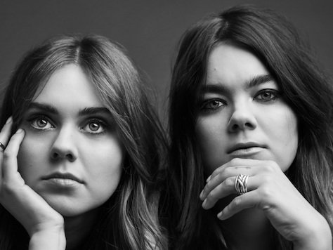 "♪ First Aid Kit – ""It's a Shame"""