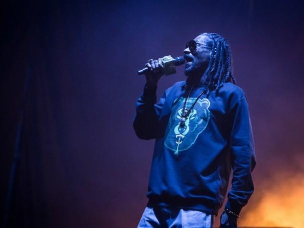 Snoop Dogg drwi z Young Thuga w nowym klipie?