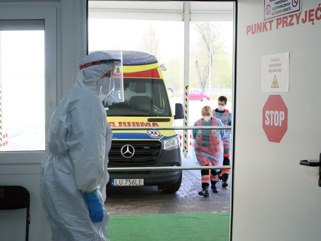 Koronawirus w Polsce. Najnowszy raport Ministerstwa Zdrowia [wtorek, 27 lipca]