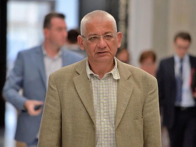 Ludwik Dorn: Kaczyński chce się wycofać