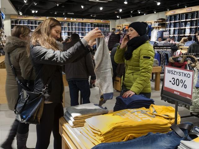 Jesienią ogarnia nas szał zakupów. Na co najwięcej wydają Polacy?