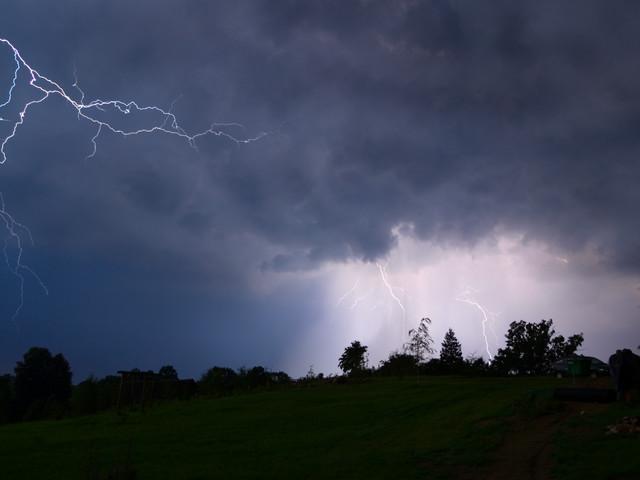 Piekielne upały i niebezpieczne burze nadciągają nad Polskę