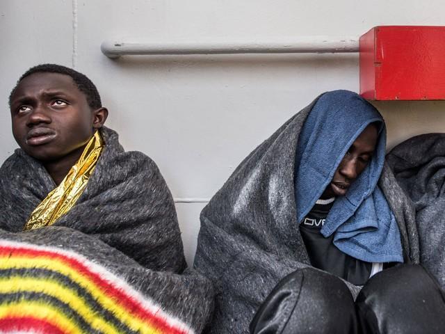 W atak chrześcijańskich bojówek na uchodźców