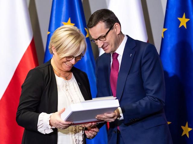 """Afera mailowa. Morawiecki miał wybierać """"szefa nowej Izby SN"""""""
