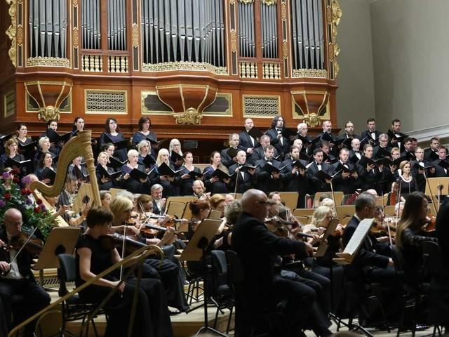 Owacje dla Filharmonii w Poznaniu i w Chorin
