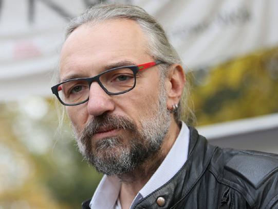 """Mateusz Kijowski wydał oświadczenie. """"I chce i muszę! Podjąłem decyzję"""""""