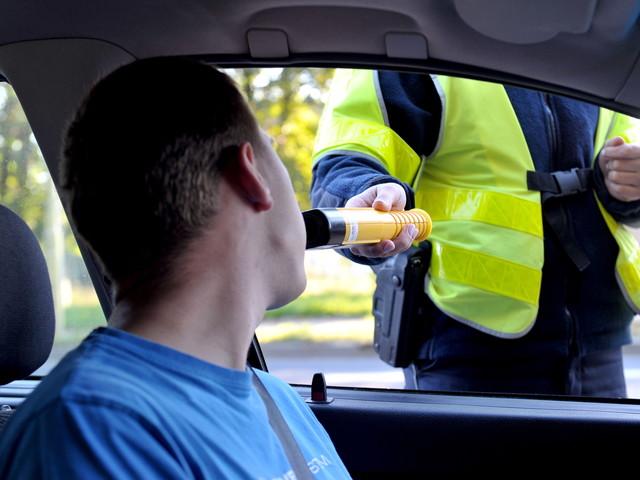Długi weekend: zginęło 31 osób, na drogach 1,5 tys. pijanych kierowców