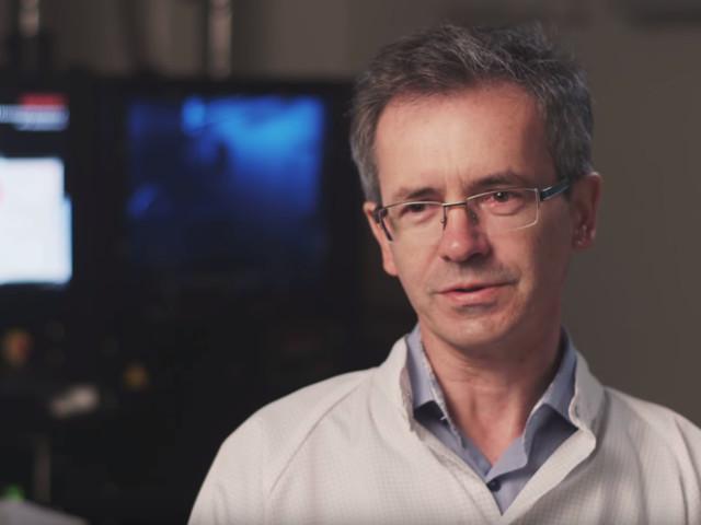 Dr Włodzimierz Strupiński. Polski naukowiec, który znalazł sposób na tanią produkcję materiału przyszłości - grafenu