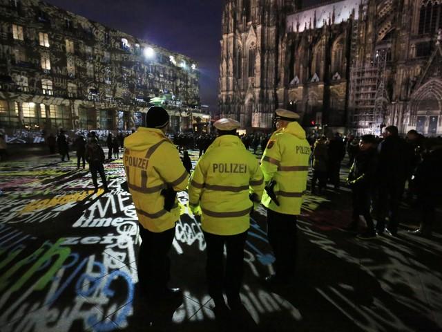 Powtórzy się sylwestrowy horror w Kolonii? Policja w Niemczech opublikowała niepokojący raport