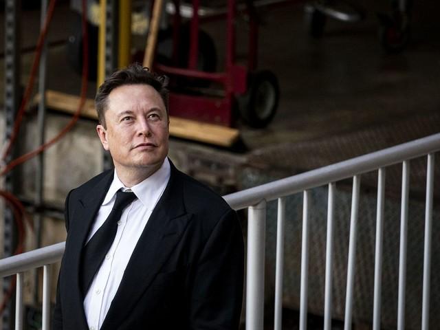 Elon Musk żartuje z Joe Bidena. Miliarder nawiązuje do misji SpaceX