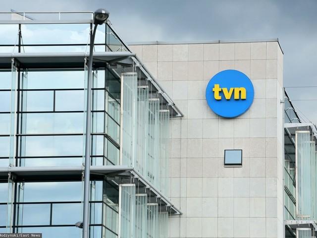 """""""Szkło kontaktowe"""" na TVN24 nagle przerwane. Na antenie rozległ się alarm"""