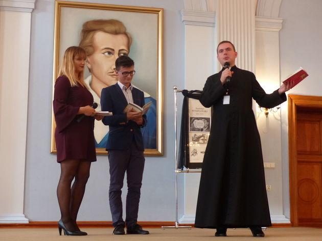 """Narodowe Czytanie """"Wesela"""" w I Liceum Ogólnokształcącym w Elblągu"""