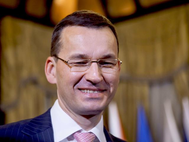 Mateusz Morawiecki robi zakupy za grosze. Promocja tylko dla elit na Kongresie 590