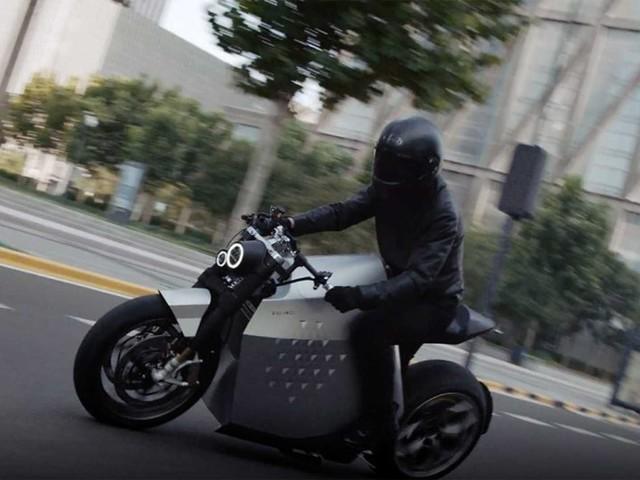 Davinci Tech pokazało motocykl DC100. Chiński elektryk dostanie asystenta jazdy