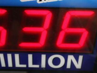 Wygra³ miliard z³otych i zadzwoni³ do szefa