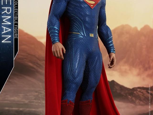 Hot Toys visar upp ny Superman-figur