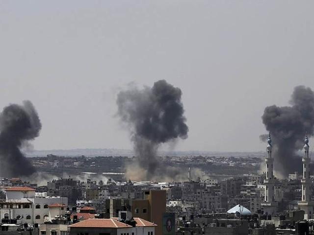 Israel bombar nya mål i Gaza