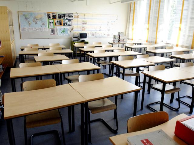 Skolanställd i Malmö döms till vård för sexbrott mot elev