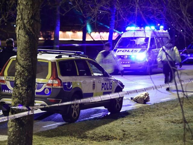 Polisman döms för vållande till annans död