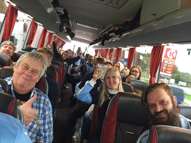 """MFF-supportrarna på väg: """"Ångesten märks i bussen"""""""