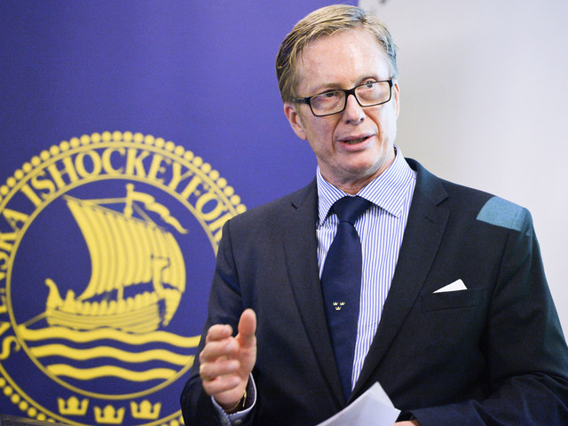 Hockeyförbundet får kritik: Yrvaket och tondövt