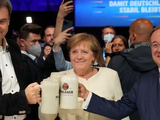 Merkeleran fortsätter prägla Tyskland