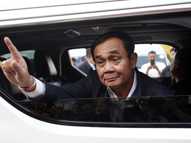 """Ena sidan """"dopad"""" när Thailand röstar"""