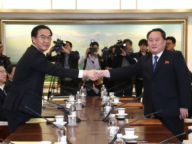 Första samtalet mellan Nordkorea och Sydkorea sedan 2015