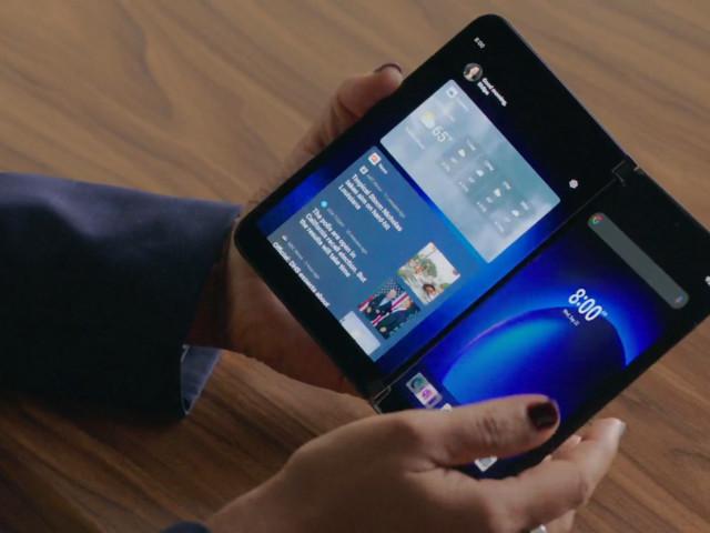 Microsoft introducerar vikbara telefonen Surface Duo 2