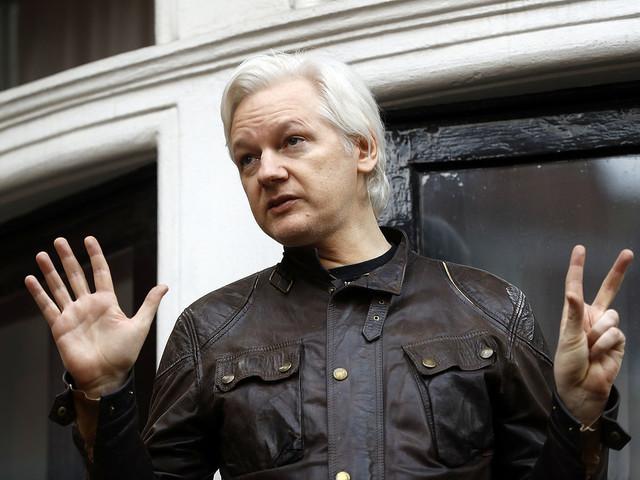Ecuadors president: Assange ett problem