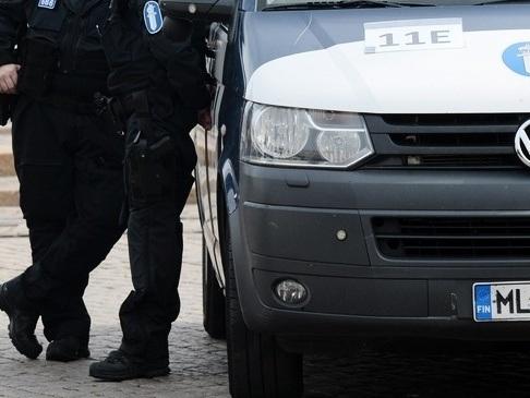 Poliser skottskadade i Finland