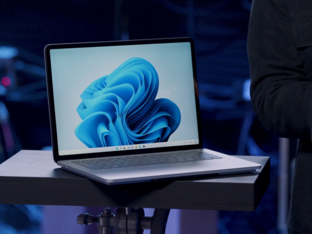 Microsoft avtäcker Surface Laptop Studio med Geforce RTX3050Ti