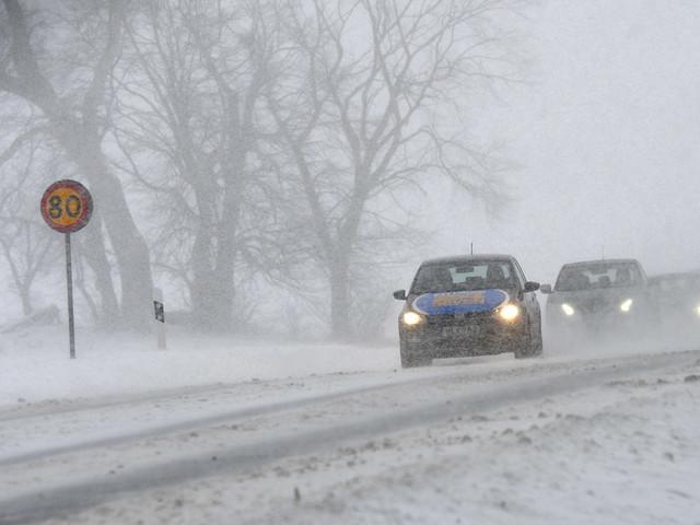 SMHI varnar för snöfall i Mellansverige