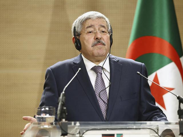 Makthavare i Algeriet under utredning