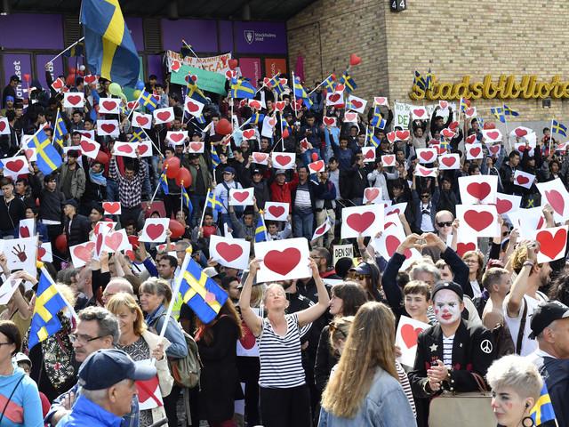 Att hata andra är inte att stå upp för Sverige.