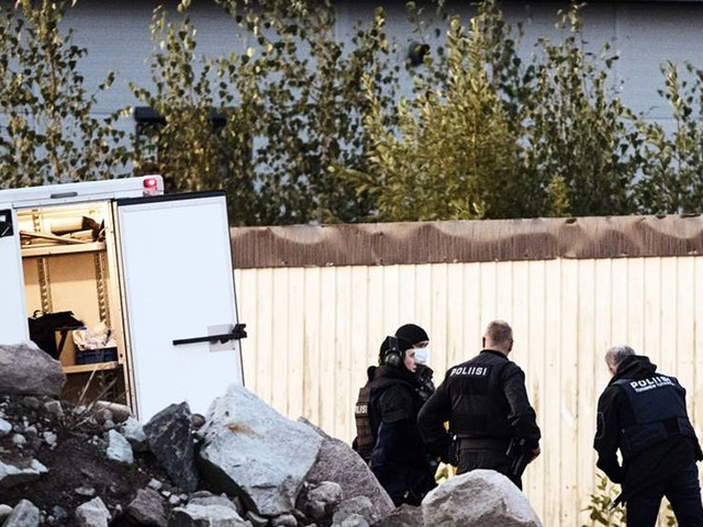 Uppgift: Svensk bil vid polisdrama