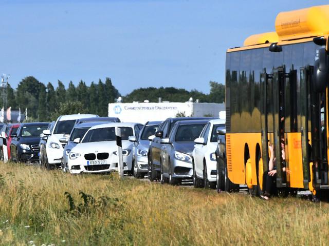 Separata bussfiler eller breddad vägbana – så kan nya väg 100 se ut